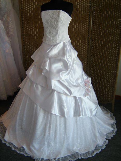 c5eea2b6a Aluguel e venda de vestidos de noivas, damas, madrinhas e debutantes.