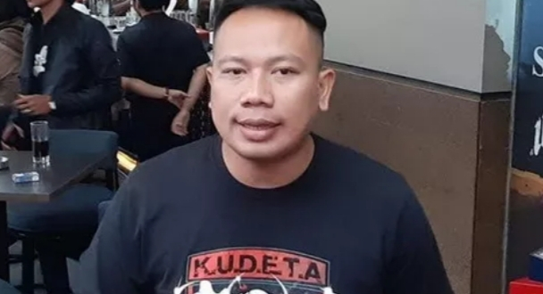 Vicky Prasetyo Resmi di Tahan Atas Kasus Penggerebekan Angel Elga