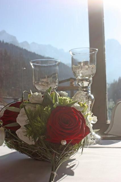 Verlobungsdinner im Seehaus am Riessersee, Jagdstüber, Hochzeitshotel Riessersee Hotel Garmisch-Partenkirchen - proposal dinner at the Riessersee Hotel wedding venue in Garmisch-partenkirchen, Germany, Bavaria