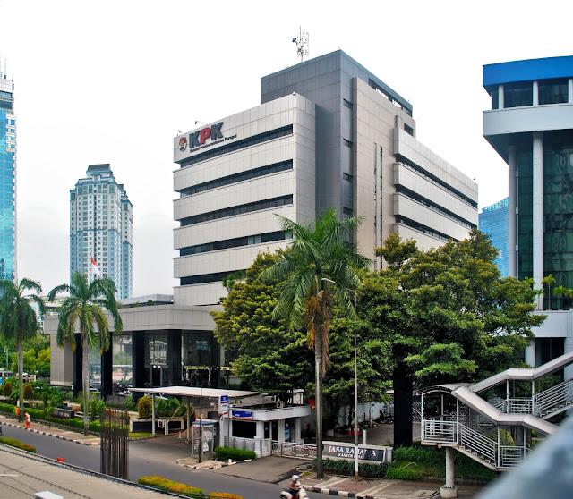 Polda Metro Jaya Menyiapkan 10 Ribu Anggota Untuk Amankan Aksi Di DPR Dan KPK