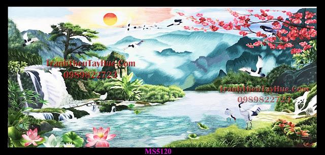 Tranh thêu sơn thủy hữu tình được bán ở cửa hàng tranh thêu tay tphcm