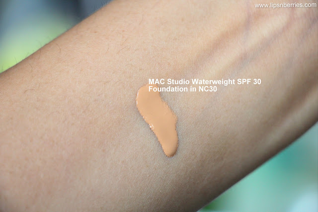 MAC waterweight foundation NC30 swatch