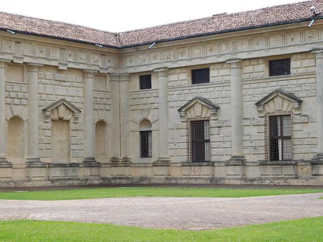 palazzo del Te-Mantova-palazzo-architettura