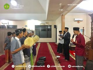 Mengharap Syafa'at Melalui Sholawat Malam Jum'at (Shomat)