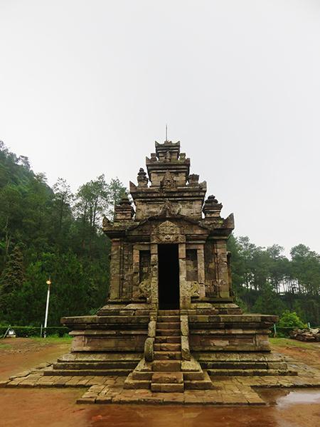 Candi Gedong II