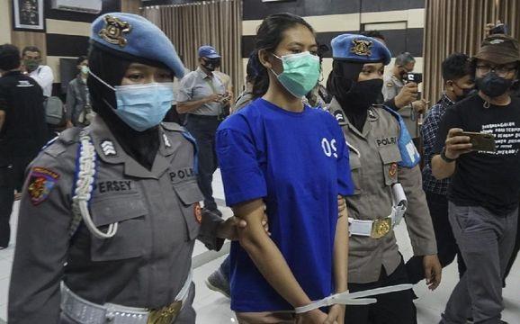 Tertangkap! Ini Tampang Wanita Pengirim Sate Beracun di Yogyakarta