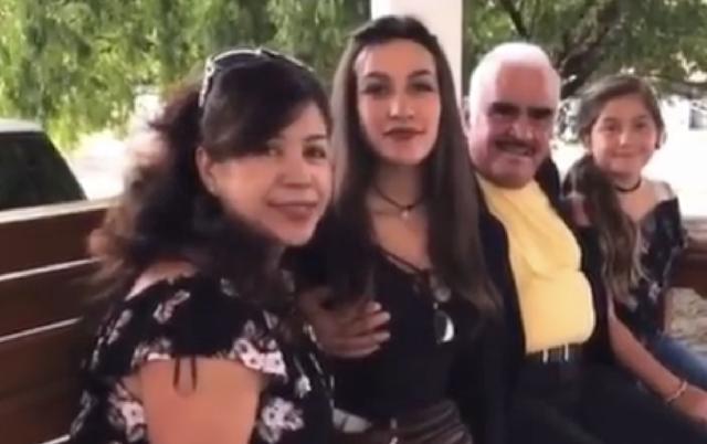 Indigna en redes sociales acoso sexual de Vicente Fernández a una fan