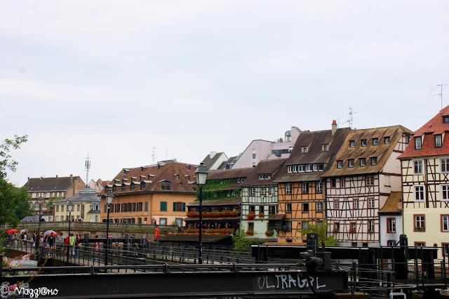 Le case colorate del Quartiere di Strasburgo La Petit France