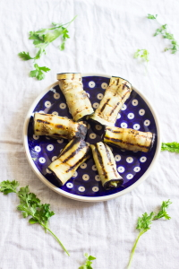 How to make grilled aubergine or brinjal hummus rolls at www.oneteaspoonoflife.com