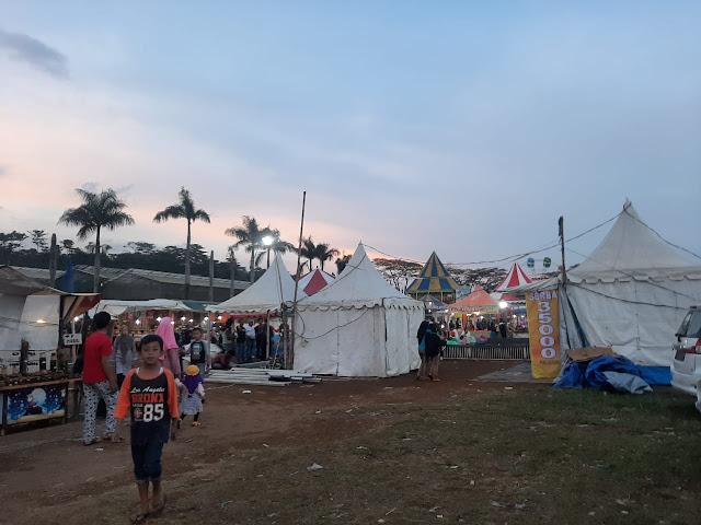 Khawatir Pasar Malam Menjadi Klaster Baru Corona, Warga Geruduk Kantor Desa Ciherang
