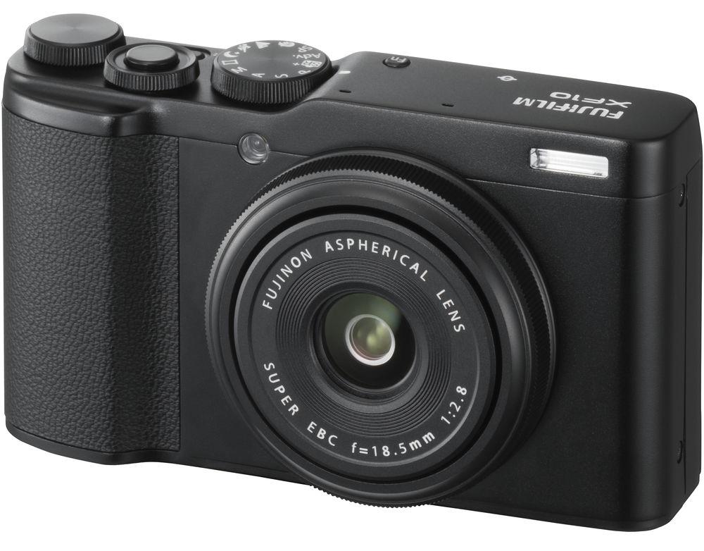 Камера Fujifilm XF10, черного цвета