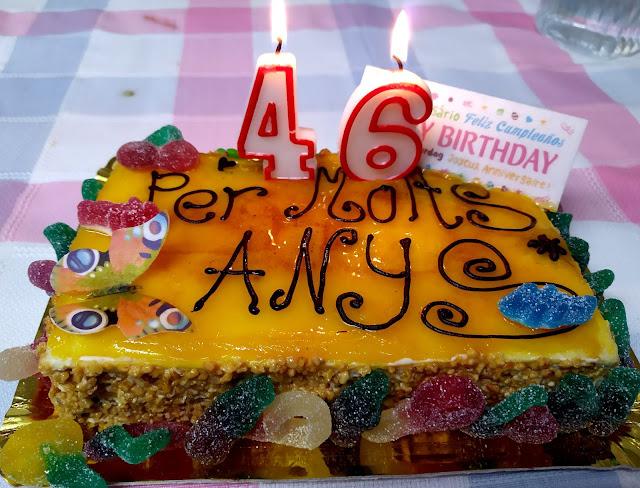 Pastís aniversari, 46 anys