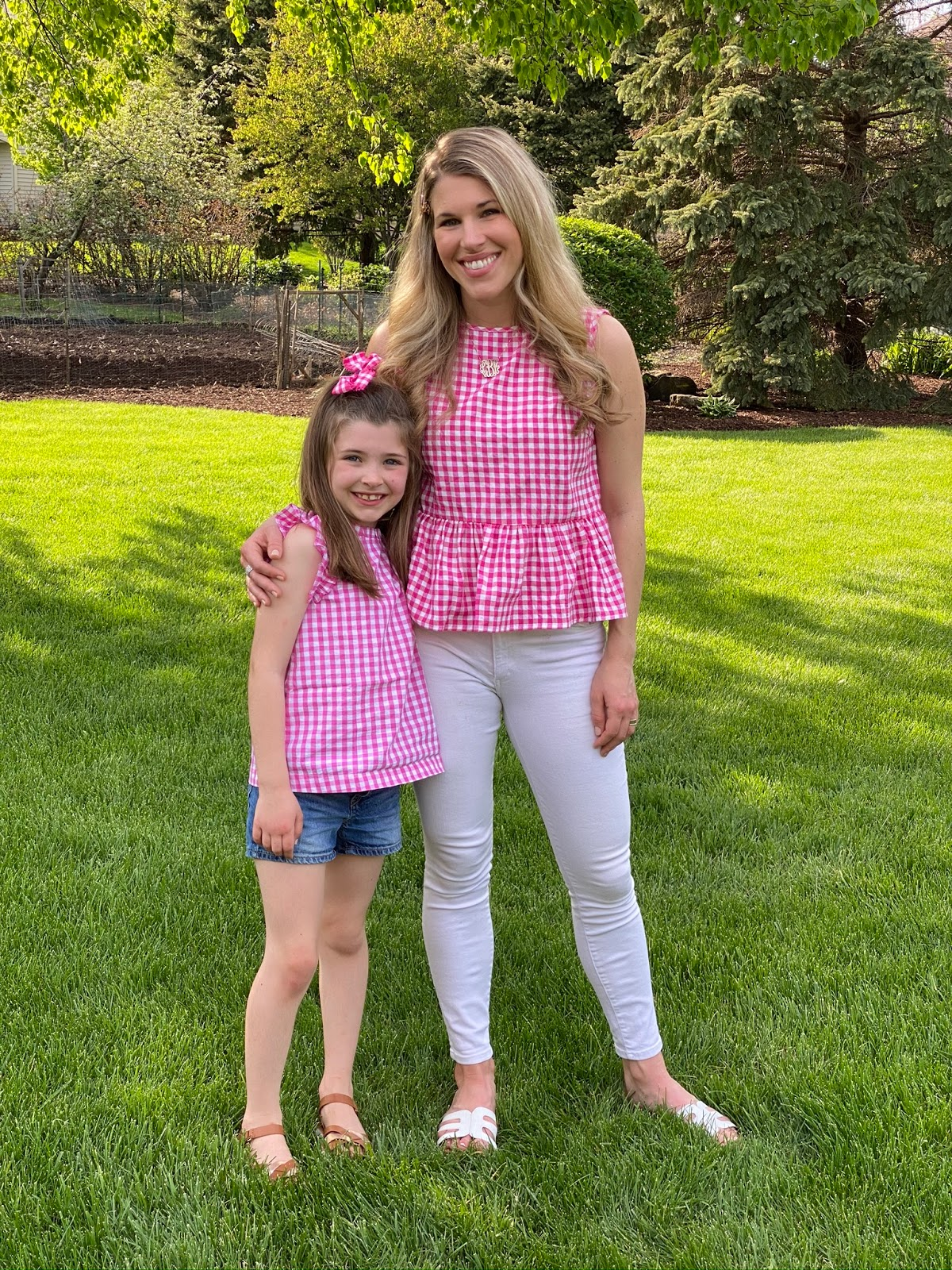 pink gingham top, mommy and me spring outfits, white jeans for spring