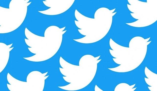 "Twitter for iOS gets Dark Dark mode ""Lights out"""
