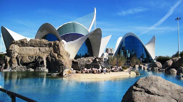 Passeio na Cidade de Artes e Ciência de Valencia