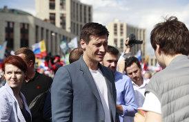о силовых разборках с кандидатами в Мосгордуму