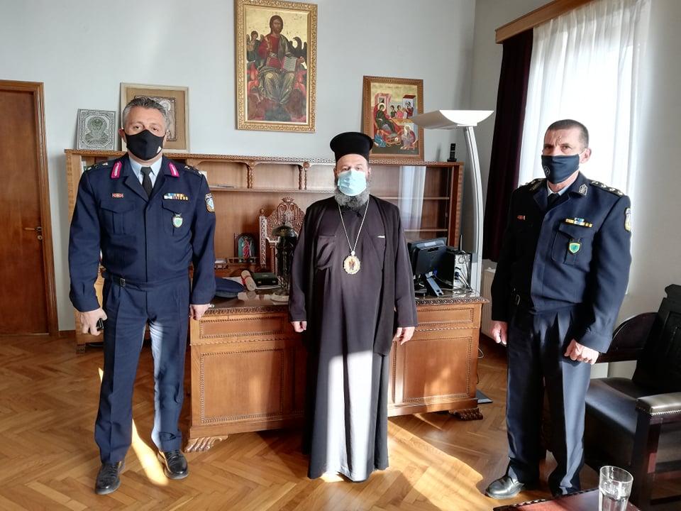 Ιωάννινα:Στην Μητρόπολη η Αστυνομία ….επί τάπητος η πανδημία