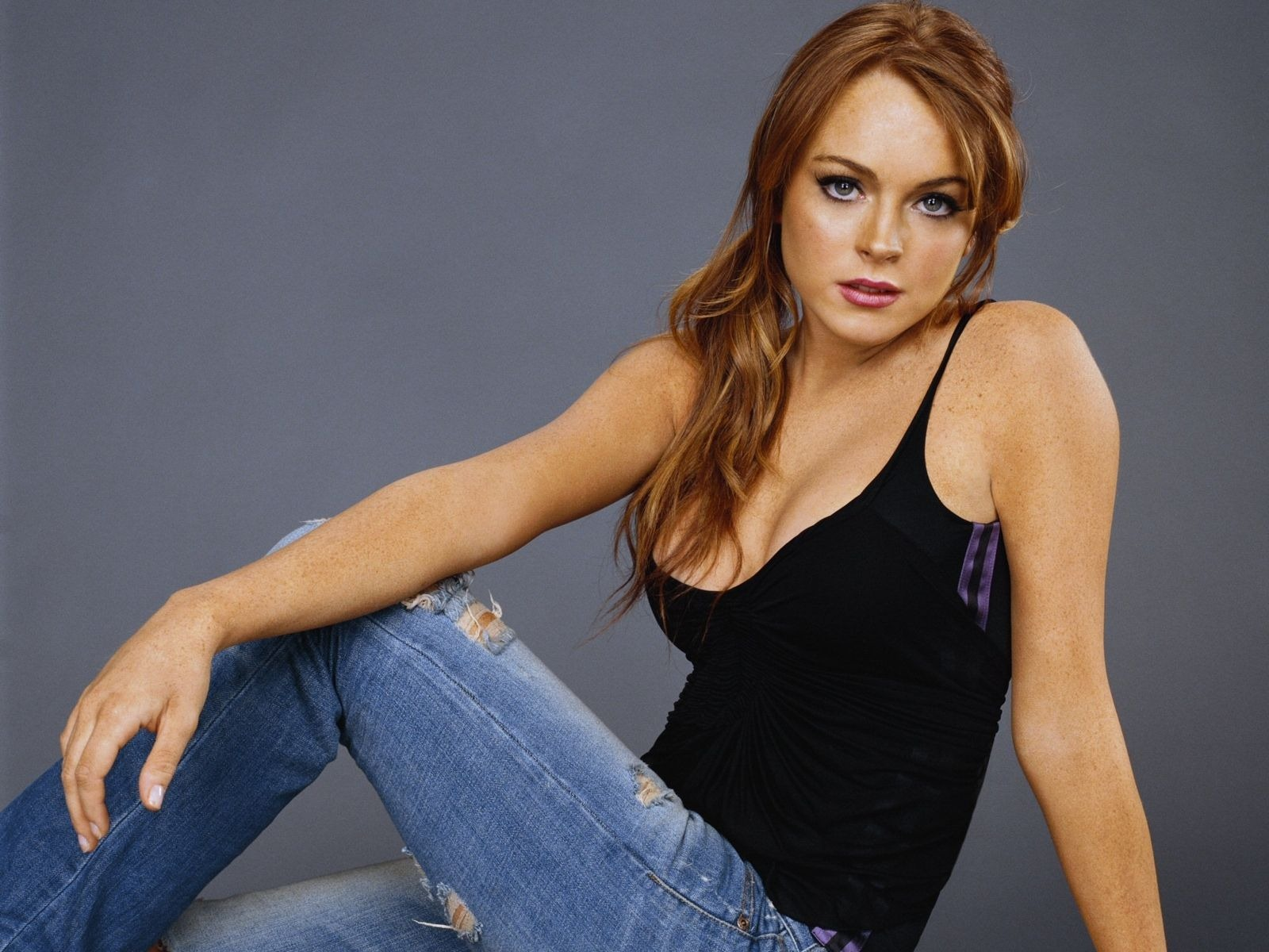 Hollywood: Lindsay Lohan Hot Images And Wallpapers 2011
