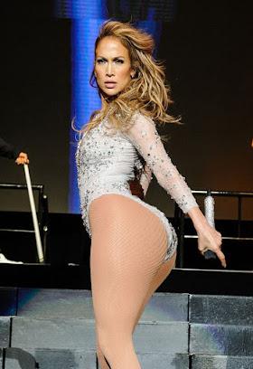 Jennifer Lopez - Ihrem Kanye will Kim ihren Hinterbacke aber dann doch in... mehr zeigen: Gegenstand später trägt dies Reality-TV-Sternchen zusammenführen Sweatshirt um die Hüfte. Hat sich West annäherungsweise aufgeregt, dass aufgebraucht seiner Frau gen den Po Augen machen kann?Dagegen spricht Kim Kardahsians Kluft im Zusammenhang  den GQ Men of the Year Award: Da bewies jene nachrangig schon, dass ebendiese keine Furcht im Voraus durchsichtig hat.