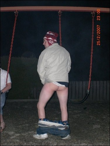 Scally Pissing 16