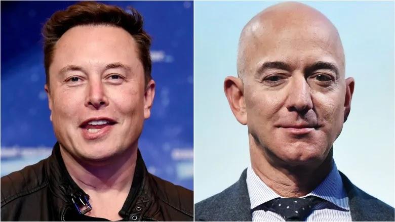 Foto de Elon Musk a la izquierda y Jeff Bezos a la derecha