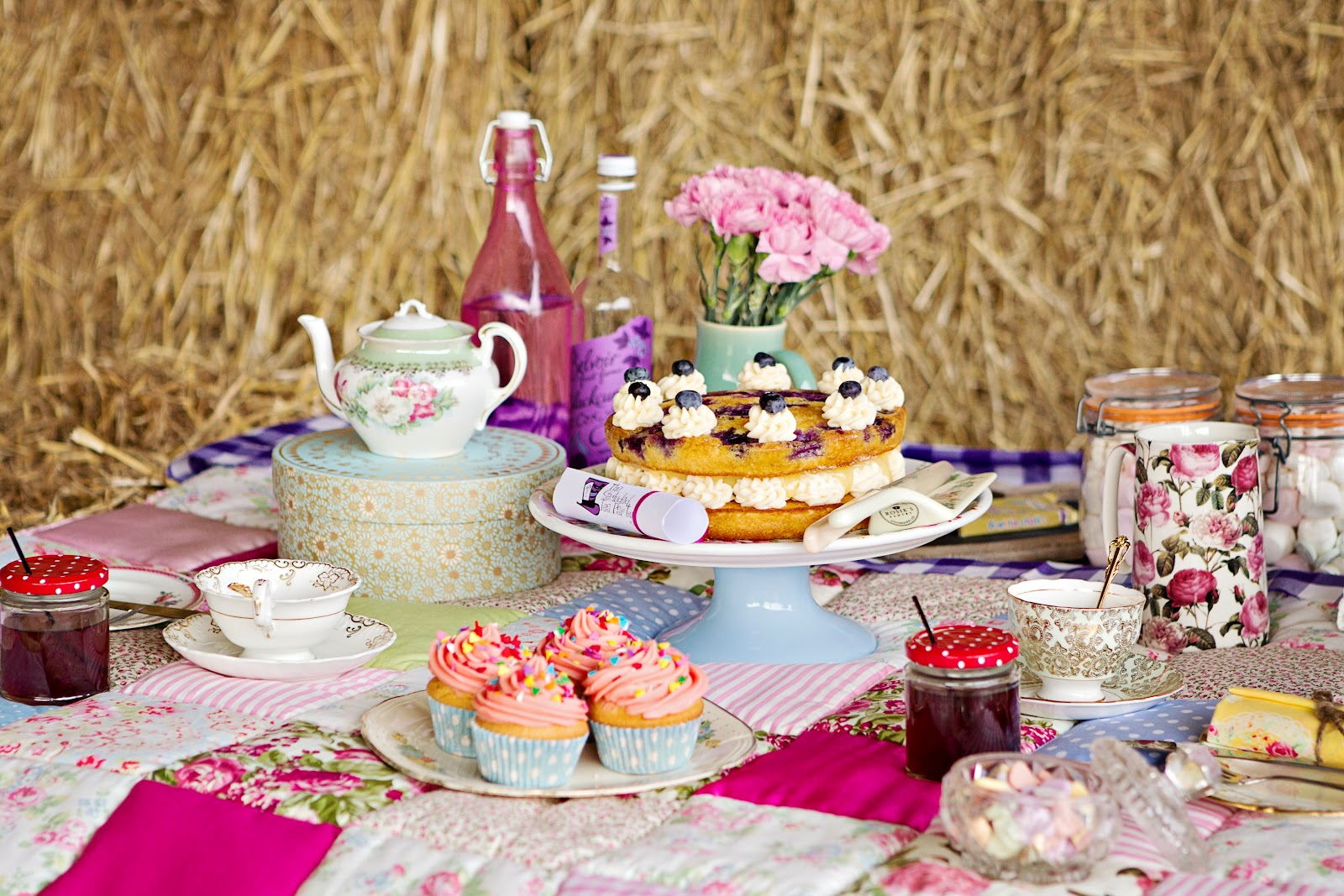 Teaparty: The Secluded Tea Party: The Not So Glamourous Side Of