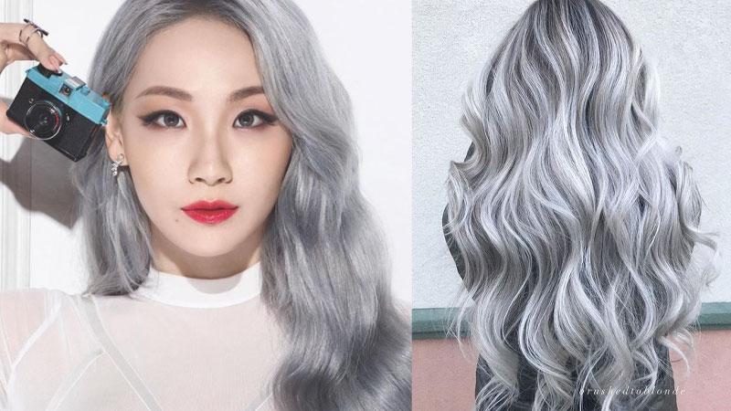 Tóc màu bạch kim khói chính xác là 1 trong những màu tóc mờ ảo nhất bởi sự kết hợp giữa màu bạch kim và xám khói