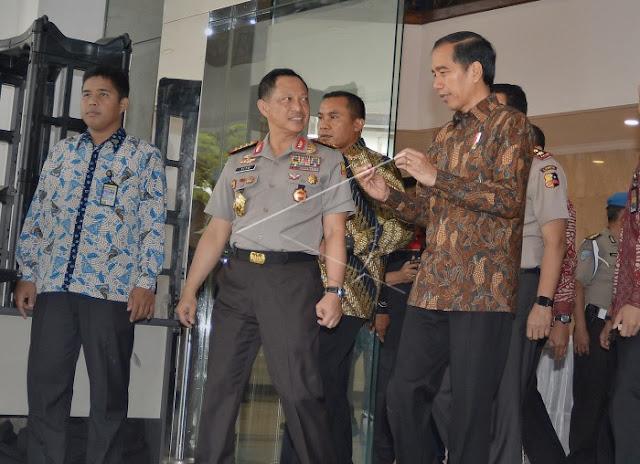 Intelijen Kecolongan Soal Demo 411, Jokowi Langsung Evaluasi Kinerja POLRI