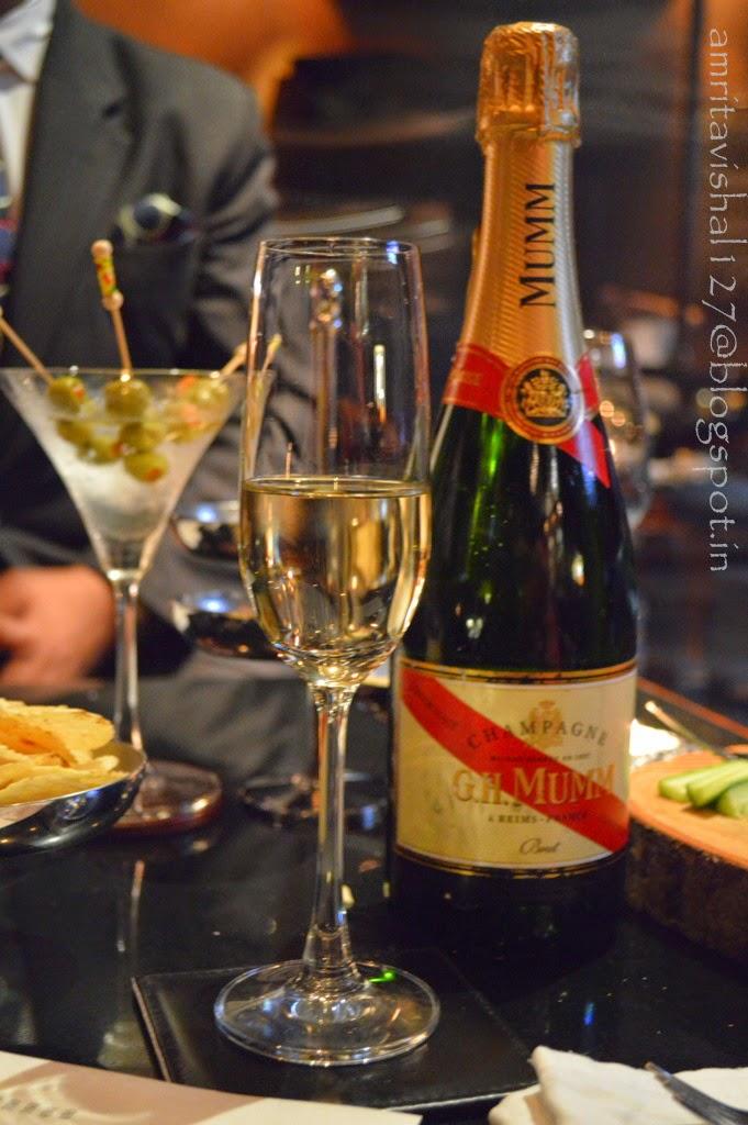 Wine Bar Across From Rick S Restaurant In Camarillo