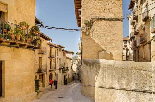 Escapda viaje a Valderrobres Matarraña Teruel que ver