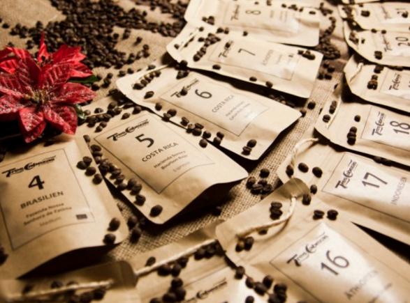 Kaffee Adventskalender Kaffeetueten mit Nummerierung