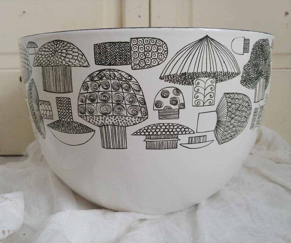 Mid-Century Modern Kaj bowl