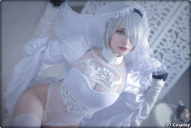2B gets married-candid cosplay on character from NieR: Automata