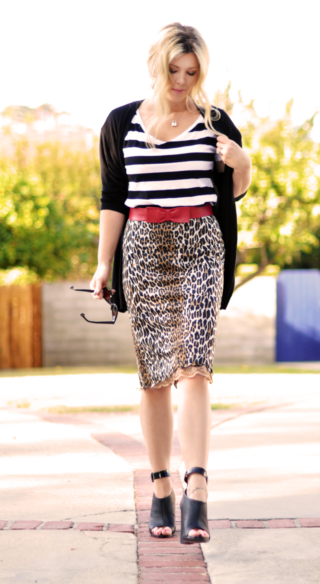 mixing prints, stripes and leopard, bow belt