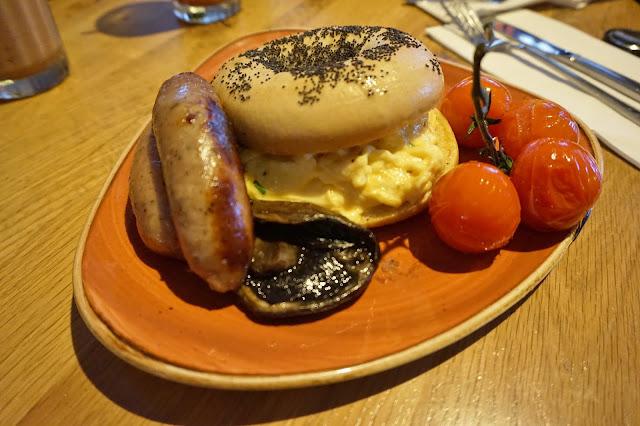 Giraffe Trinity Leeds scrambled egg bagel