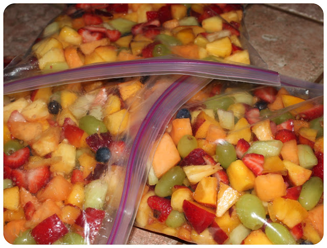 Tossing Fruit for the Perfect Fruit Smoothies