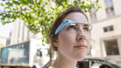 Google Glass Akan Tampilkan Notifikasi Melalui Gerakan Mata