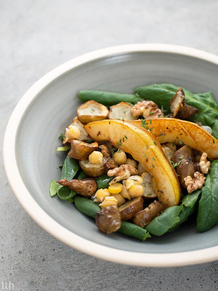 Sałatka topinambur ciecierzyca szpinak wegańska przepis
