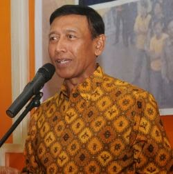 Biodata dan Foto Profil Jend (Purn) Wiranto