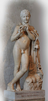 Sculptures, Voyage à Rome, jeune satyre nu, peau de panthère, satyre, faune, panthère, flûte, sculpture antique,