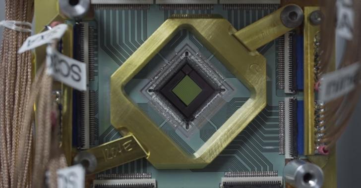 Google's D-Wave 2X Quantum Computer