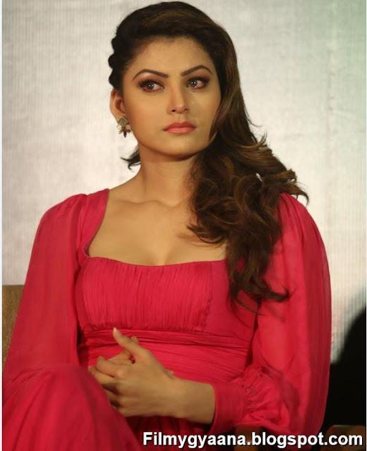 urvashi rautela hot pic in red dress