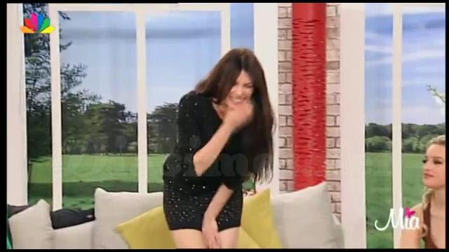 γιουριζάν Μπελτράν λεσβιακό σεξ