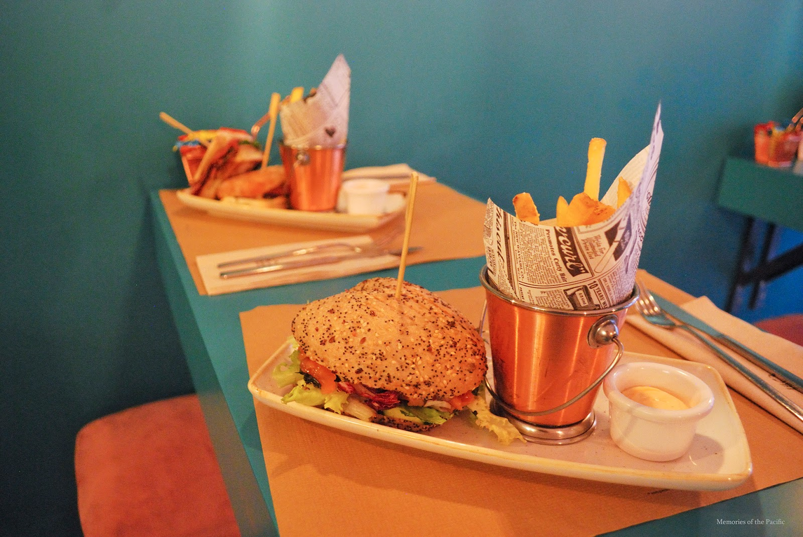 la sanducherie sandwiches restaurant madrid travel blogger