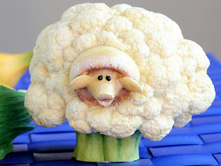 sheep broccoli vegetables carving pictures