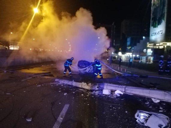 Вогняна ДТП в Києві: водій згорів у авто, ще 4 пасажирів - скалічилися