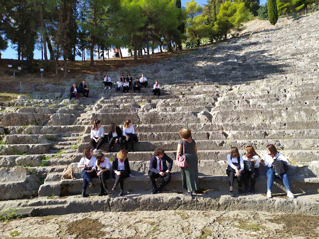 Εκπαιδευτική επίσκεψη στο Αρχαίο Θέατρο Άργους πραγματοποίησαν της Τουριστικής Σχολής το Άργος