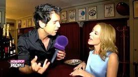 Kylie Minogue rencontre le français derrière la chanson