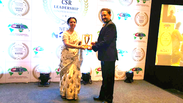 Dr. Ashutosh Mulye, CSR Coordinator, Finolex Industries Ltd. receiving the Water Company of the year Award by National CSR Leadership Con