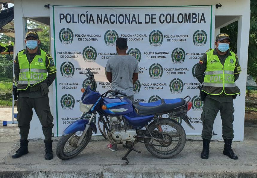 En San Juan lo pillaron con una moto con la identificación regrabada